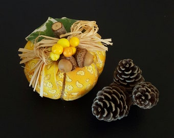 Small Decorative Pumpkin / fabric pumpkin/ stuffed pumpkin/ primitive pumpkin/ halloween thanksgiving centerpiece/ fall decorating/ ornament