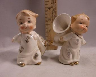 Christmas Carolers Ceramic  Figurines Playing Instruments - Japan Mid Century epsteam
