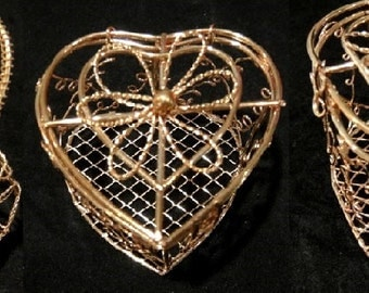 Set of 3 Vintage GOLD Wire Baskets|Chocolate Baskets|Sweets Container|Favor Basket|Gold Tone Basket|Candy Basket
