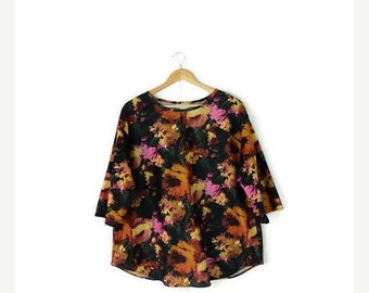 STORE WIDE SALE Vintage Oversized Floral Pullover Blouse from 1980's*