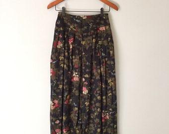 1970s forest plants skirt | yoked hip maxi skirt | flouncy full skirt