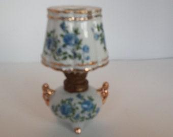 Miniature Oil Lamp Blue Roses