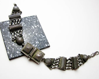 Necklace 1800s Ethnic Tribal Indo Chinese Silver 950, Hand Granulated Torque, Authentic Rare Choker, Brutallist Flavor.