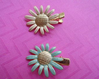 Daisy flower metal hair clips