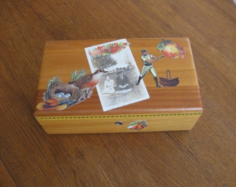 Vintage Cedar Treasure /Keepsake Box