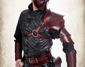 Rogue leather epaulet for LARP, action roleplaying and cosplay