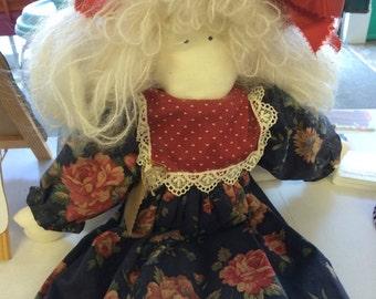 Vintage folk art doll. Primitive