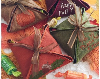 Machine Embroidery Fall Gift Box Set - 4  Different Machine Embroidery Designs in pes, dst, vip, jef, hus and vp3 Formats - Instant Download