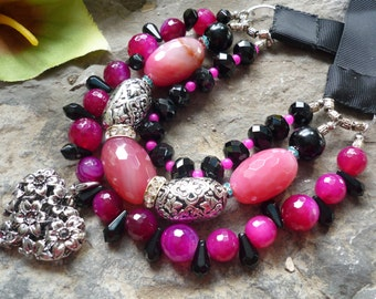 Pink fuschia necklace with guenine agates and crystal in bohemian gypsi style, , cheerful and bold pin-up inspired