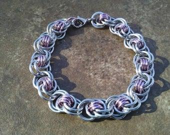 Ocean Waves Weave Chainmaille Bracelet - Light Pink