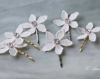 Ivory lace Wedding Hair Accessories with big Crystals, Bridal  Wedding flower pins, White rosepins , Wedding Hair Clips, Set of 3