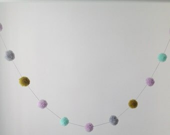 New! Pom Pom garland lilac/mint/olive/grey