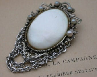 Vintage  mother of pearl brooch pendant  vintage jewelry large art nouveau style brooch