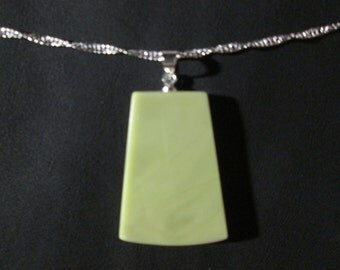 Healite pendant on 18 inch necklace - HP13