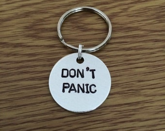 Don't Panic keychain - Hitchhiker's Guide to the Galaxy - 42