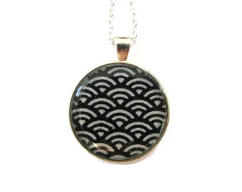 WAVE NECKLACE - GEOMETRIC necklace -  black and white - Japanese Necklace - Wave Pattern - Ethnic Jewelry - Statement Necklace - Tribal