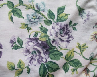 Purple Flowered Pillowshams, Set of 2, Green and Purple Pillowcases, Purple Linens, Purple Flowered Pillowcases,Purple Posies,Green & Purple