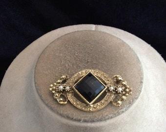Vintage Black Stone Faux Pearl Pin