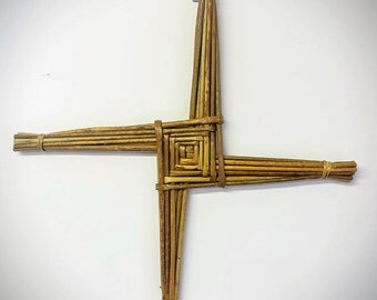 "Saint Brigid's Cross | St Brigid's Cross |  20"" x 20"" | Handmade in Ireland | All Handcrafted, All Natural | FREE Gift Tag"