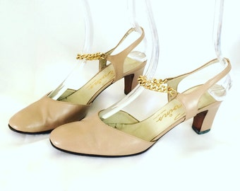1960s Gold Chain Strap Evin's Leather Heels Sz. 7