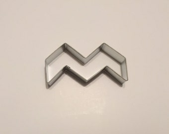 """4"""" Chevron Cookie Cutter Style #2"""