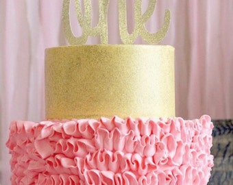 One cake topper! Available in many colors
