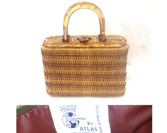 Vintage 1960s Princess Charming By Atlas Brown Woven Wicker Box Purse, Rootbeer Lucite Top, Handles & Closure, Fall Fashion, Winter Holiday