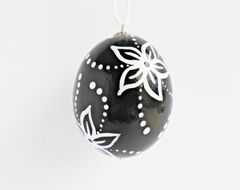 FREE SHIPPING, Hand painted egg, Chicken egg shell, Easter home decorations, Easter black and white home decor, Flowers, Pysanky, Pysanka