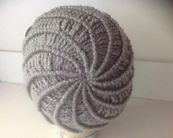 """Crochet hat, beret """"Swirl"""""""