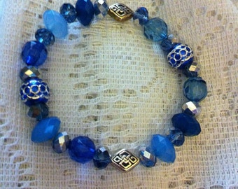 Blue and silver beaded Celtic knot bracelet.