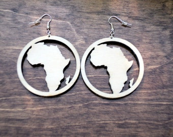 Natural wooden earrings laser cut Africa in a circle plain birch