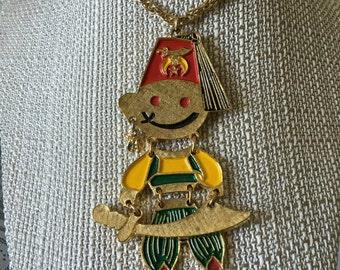 Vintage Smiling Shriner Necklace