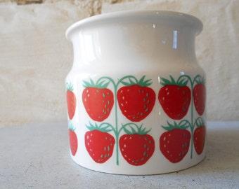 Arabia Finland jam jar strawberries Pomona mid century Scandinavian home decor.