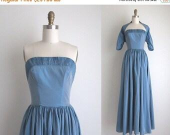 "SALE 30% OFF 1940s Formal Dress / Vintage 1940s Dress / Blue Taffeta Party Dress 25"" Waist"