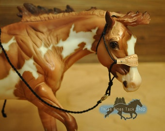 Tooled Bronc Noseband Rope Halter for Model Horses
