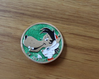 """Vintage Pin Character of Cartoons """"Nu Pogodi"""" - soviet brooches/badges/pinback button - Wolf and Bunny"""