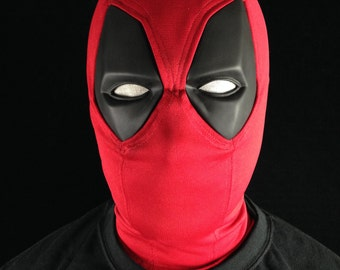 Deadpool Wade Wilson Mask.