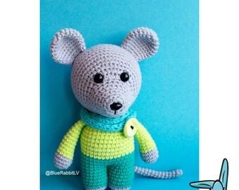 Little mouse - amigurumi crochet pattern. PDF file. DIY handmade toy. ENG.