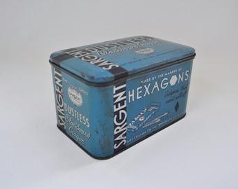 Vintage Sargent Dustless Blackboard Crayon Tin. Blue Chalk Tin. Hexagons & School Pastels Advertising. Art Crayon Co. Brooklyn, NY. 1930's