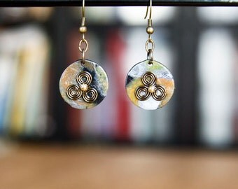 Round Earrings with Celtic Triskel