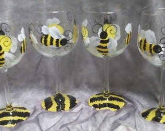 16 oz.Bumble Bee wine glasses, set of 4