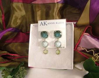Vintage NWT Anne Klein Faceted Blue Green Lucite Faux Pearl Dangle/Drop Post Earrings