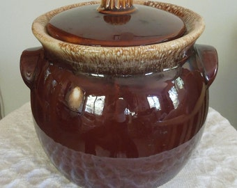 Hull Pottery Bean Pot