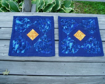 Navy place mat set Hand quilted