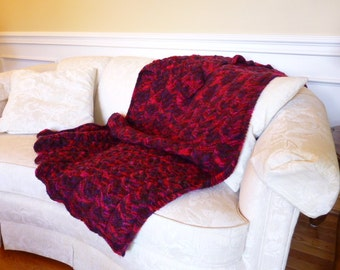 Red/Purple Weaved Throw