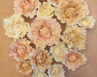 Delicate Sugar Flowers ~ Peony set of 3!! ~ Gum Paste Flowers ~ Edible cake topper