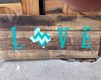 Texas Flag Love Pallet Sign- Texas Decor, gift for him, gift for home, texas pride, rustic decor, shabby home, recycled wood sign