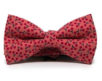Mens red cherries bow tie, Pale red bow tie, Pretied mens bow tie, Pale red bow tie with cherries Minute Papillons bow tie