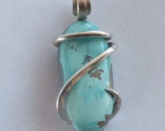 Handmade AZ/Turquoise pendant wrapped in sterling silver by Isabella Roth