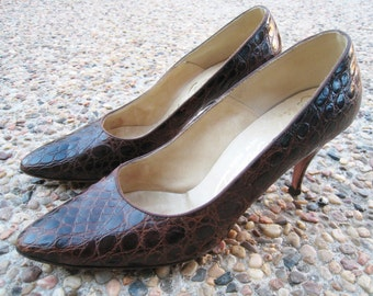 Brown Alligator High Heels / Stilettos - Made by Mackey Starr New York '50s - '60s Reptile / Pinup Bombshell, VLV - Approx Size 6.5 -  7N